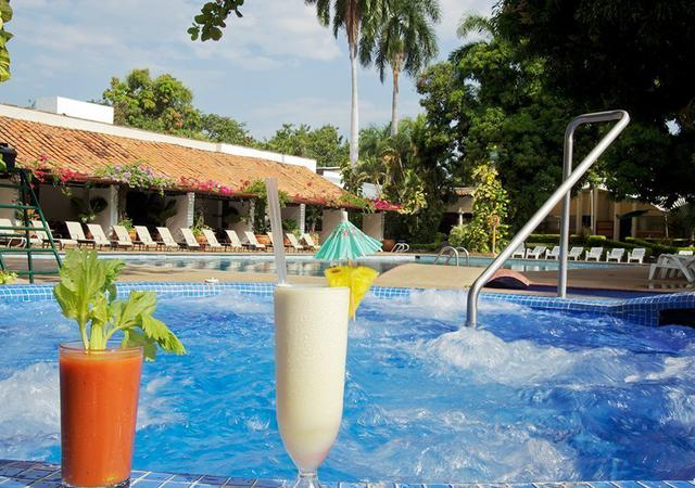 PISCINES, SPA, SPORTS GHL Relax Hôtel Club El Puente
