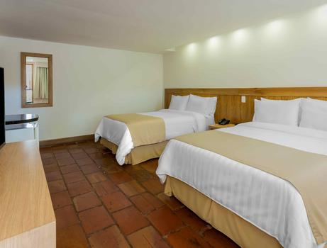 CHAMBRE STANDARD TRADITIONNELLE DOUBLE GHL Relax Hôtel Club El Puente Girardot